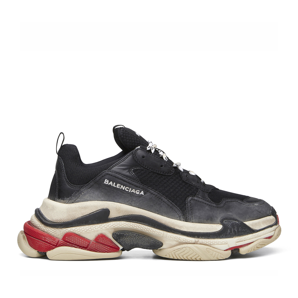 BALENCIAGA TRIPLE S - BLACK